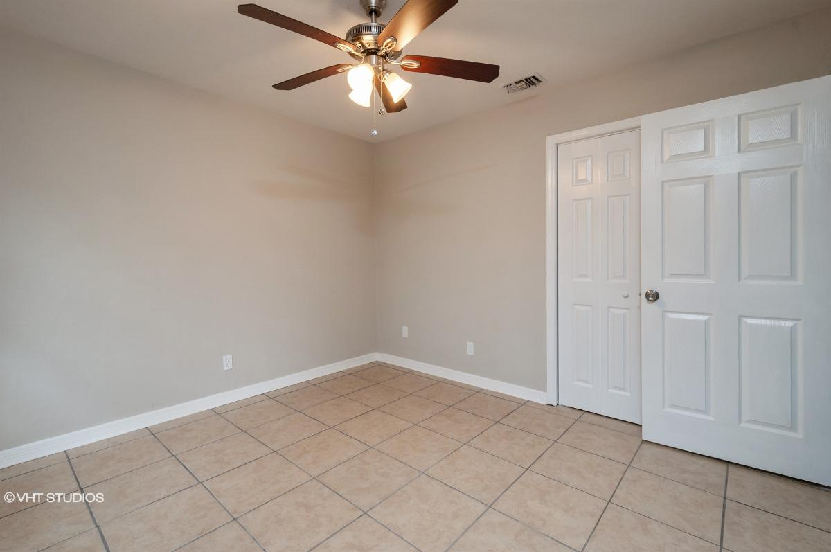 5401 Nw 25th Pl, Gainesville, Florida