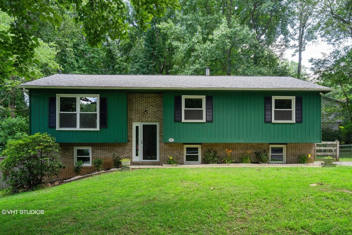 6311 Oak Hill Dr, Sykesville, Maryland