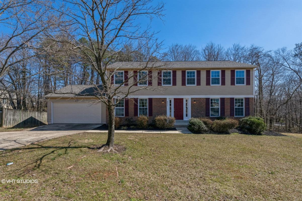 9911 Breezy Knoll Ct, Lanham, Maryland