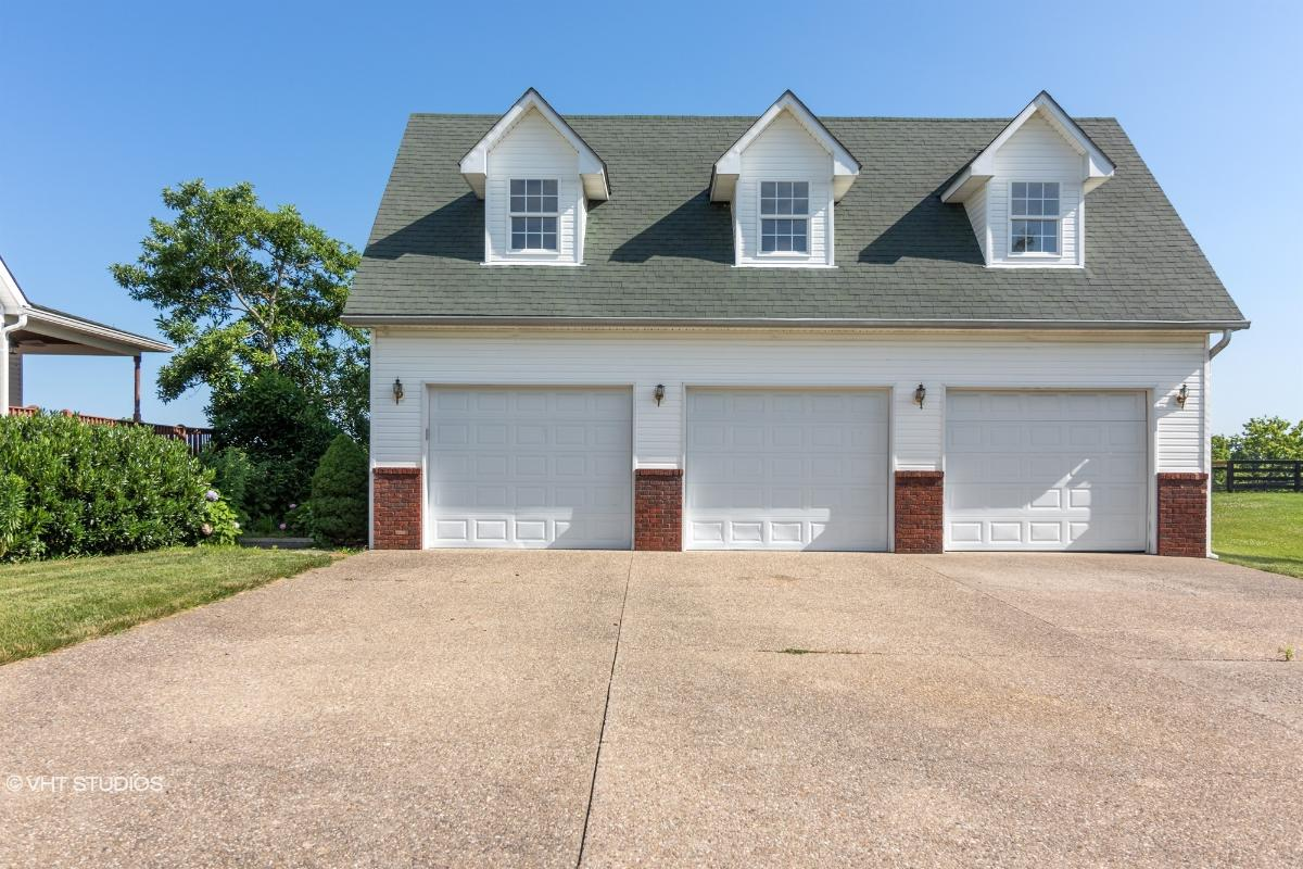 830 Veechdale Road, Simpsonville, Kentucky