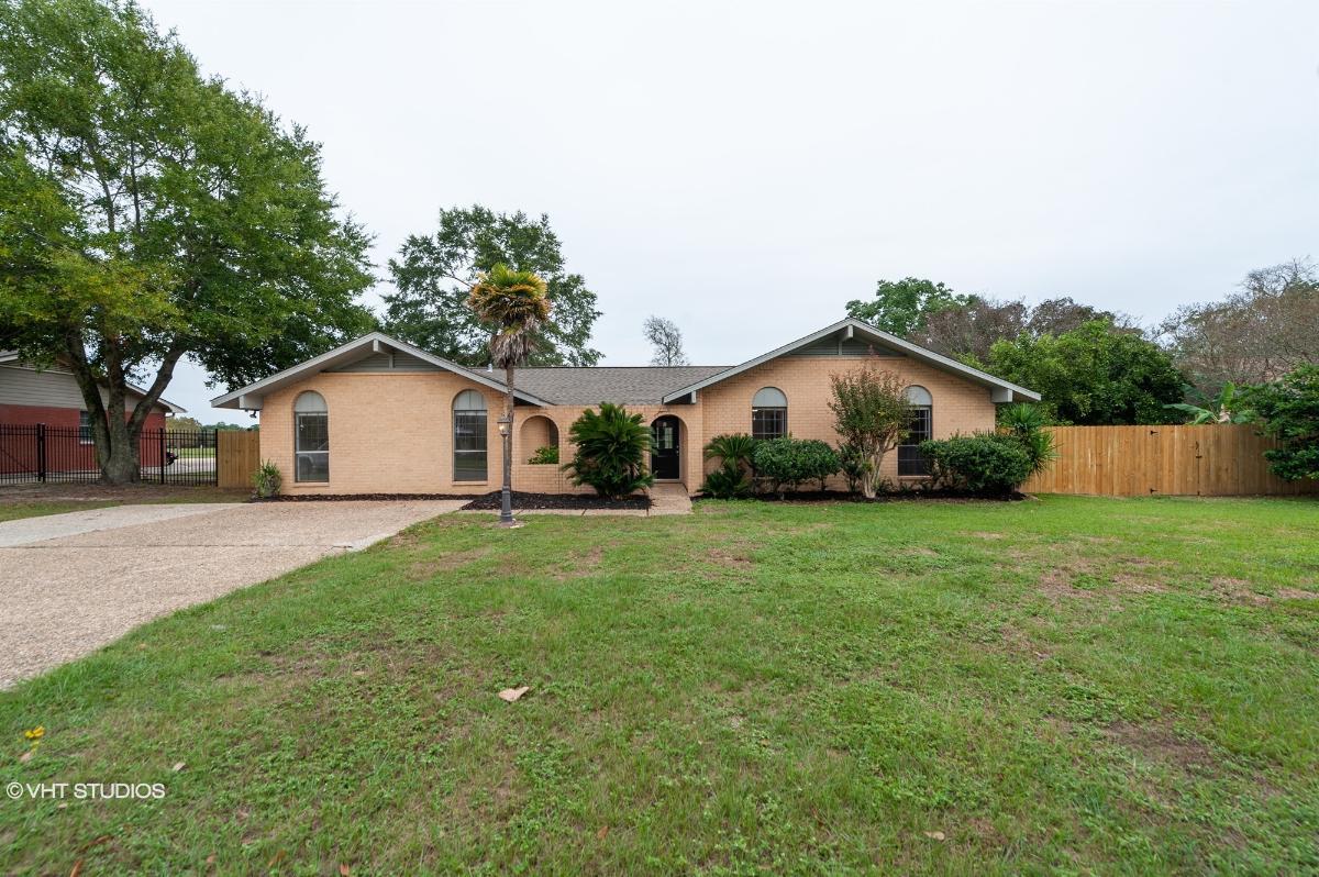 620 Sarazen Drive, Gulfport, Mississippi