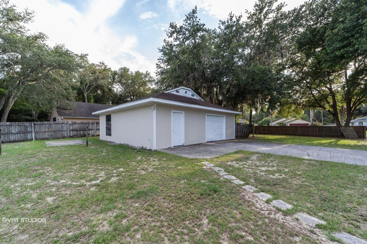 40014 Oakridge Drive, Lady Lake, Florida