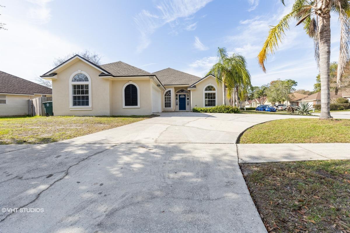 12240 E Marbon Estates Lane, Jacksonville, Florida