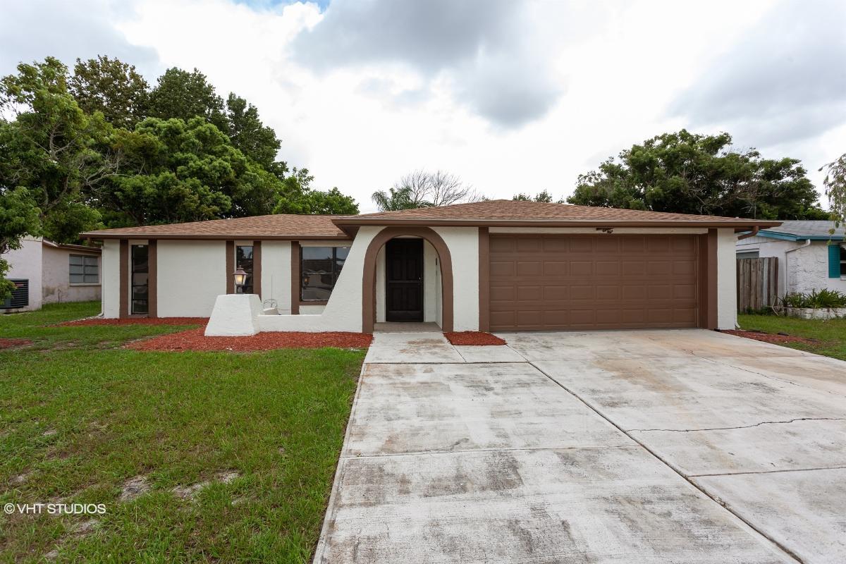 9100 Hunt Club Ln, Port Richey, Florida