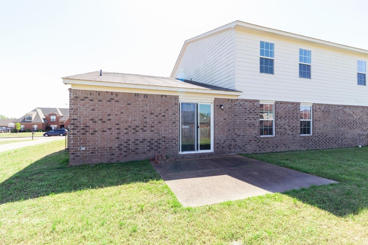 5119 Rivercrest Lane, Bartlett, Tennessee