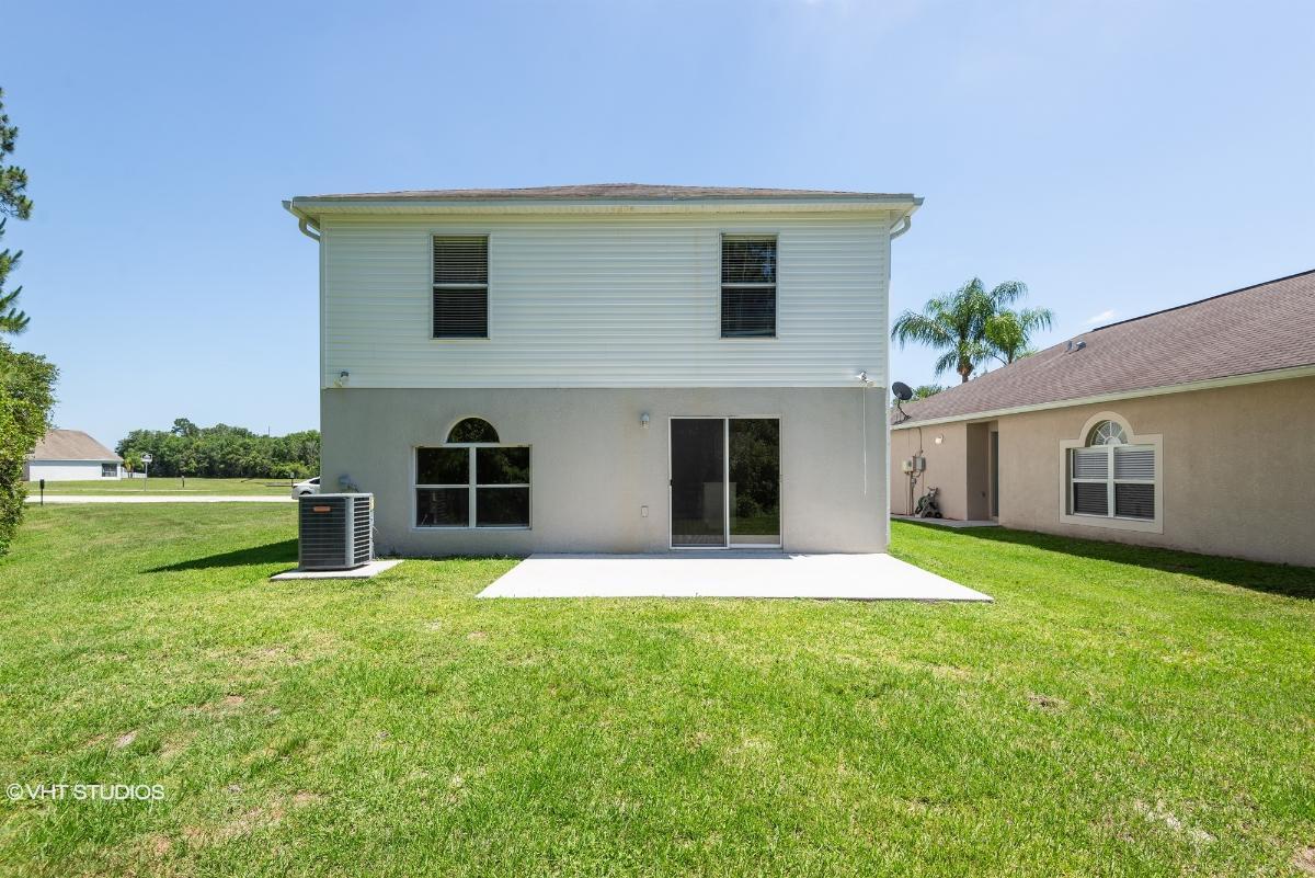 30643 Birdhouse Dr, Wesley Chapel, Florida