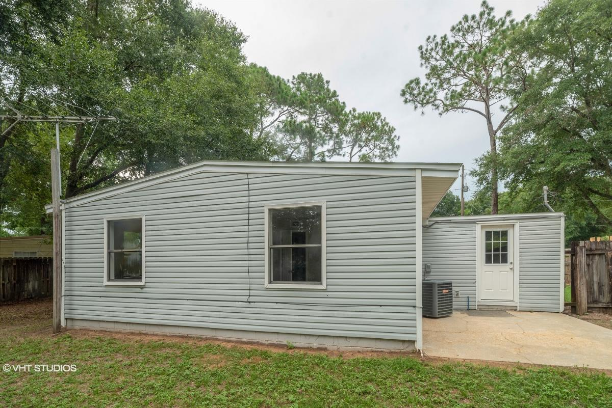 6119 Syrcle Ave, Milton, Florida