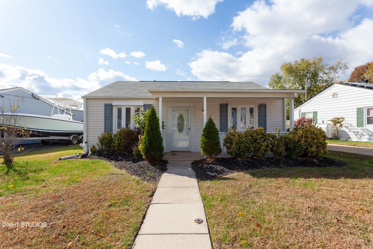1017 Thomas Rd, Glen Burnie, Maryland