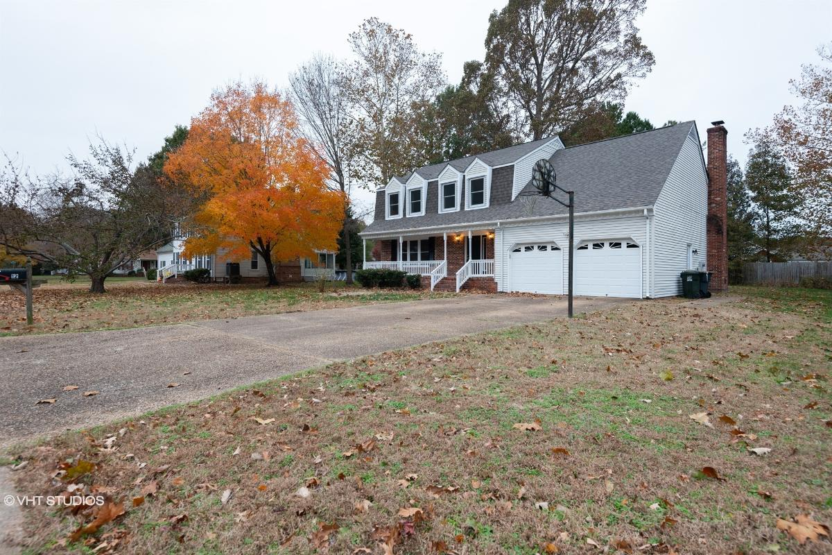 12 Hunt Wood Drive, Poquoson, Virginia
