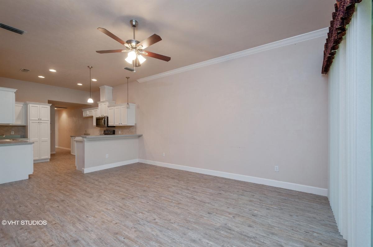 6484 Nw 109th Place, Alachua, Florida