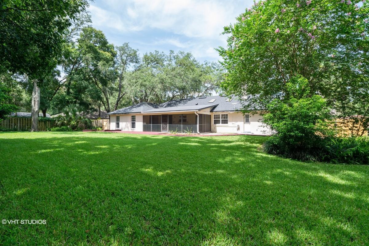 1542 N Ridge Lake Cir, Longwood, Florida