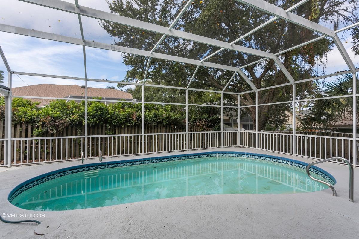 1682 Winners Cir, Tarpon Springs, Florida