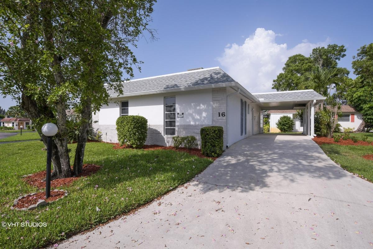 16 Hackney Ln, Naples, Florida