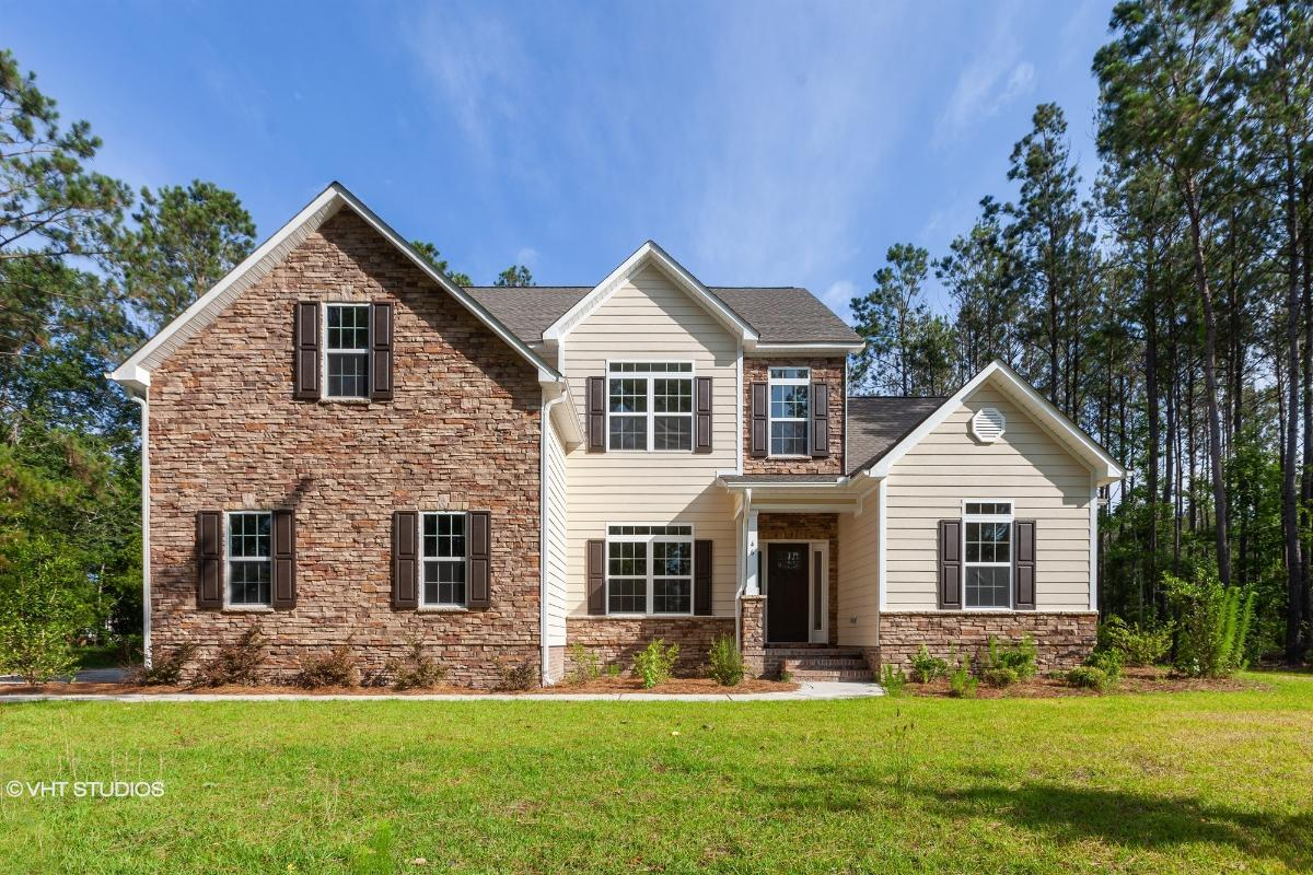 46 Gladiola Drive, Hampstead, North Carolina