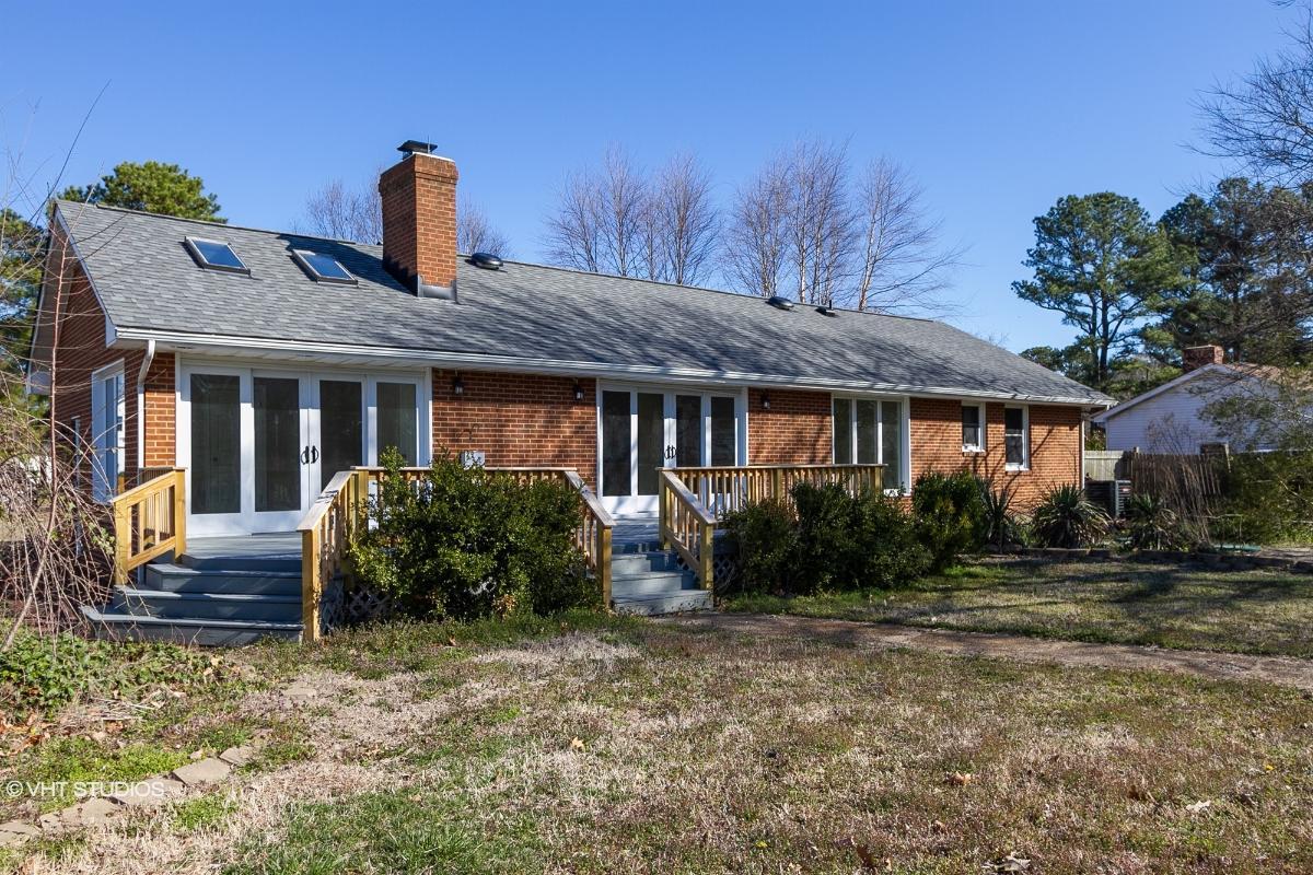 8836 Blakes View Rd, Hayes, Virginia