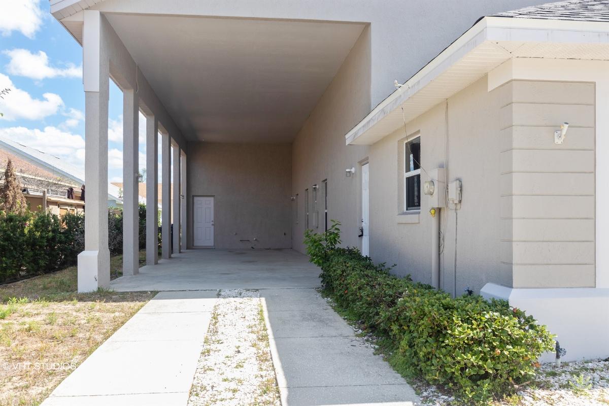 222 Thornton Park Avenue, Davenport, Florida