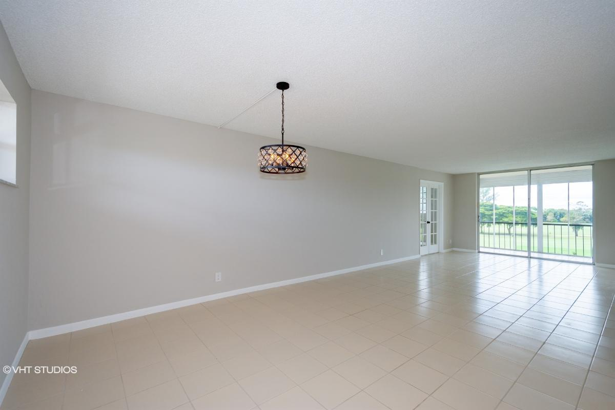 9923 S Hollybrook Lake Dr 305, Pembroke Pines, Florida