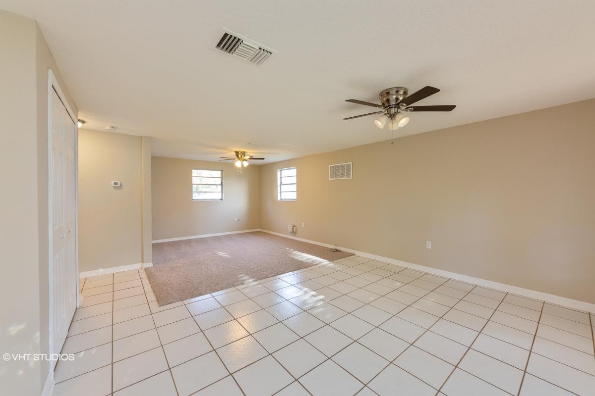 2565 Gentian Rd, Venice, Florida