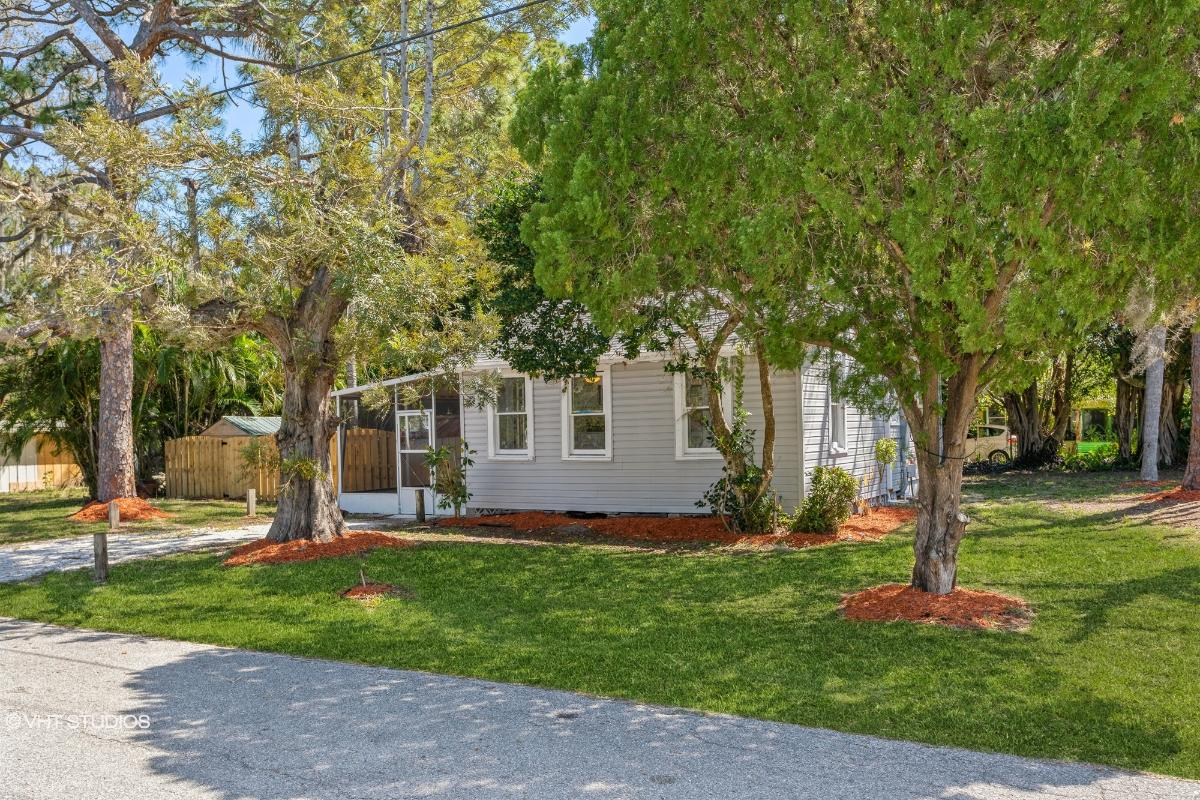 1715 Pattison Avenue, Sarasota, Florida