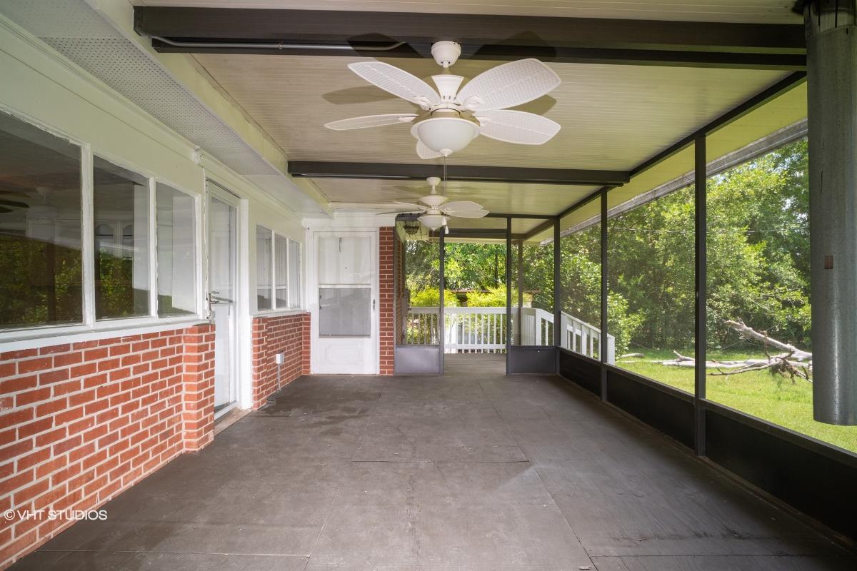 1806 Pineneedle Lane, Albany, Georgia