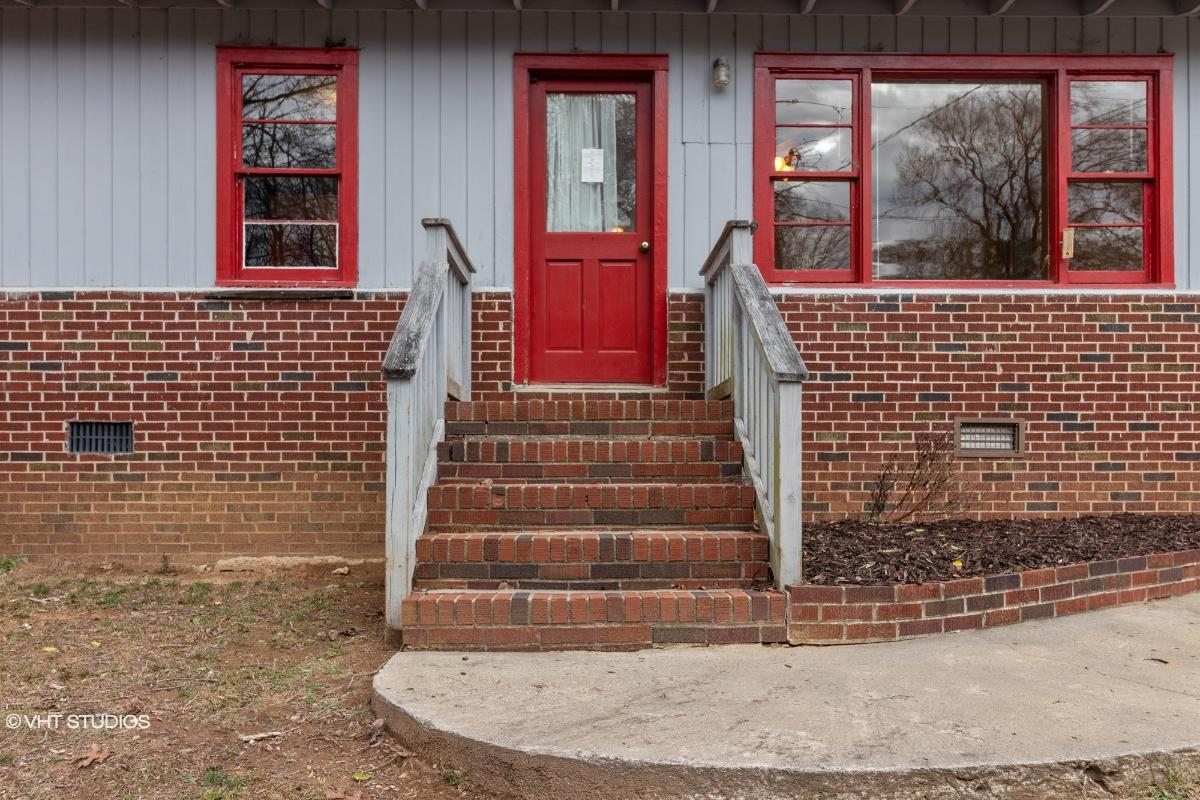 56 Lee St, Clayton, Georgia