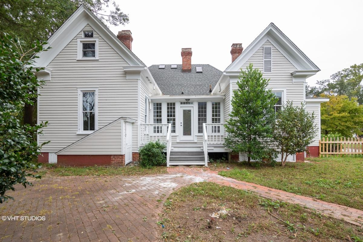 1406 N Walnut St, Lumberton, North Carolina