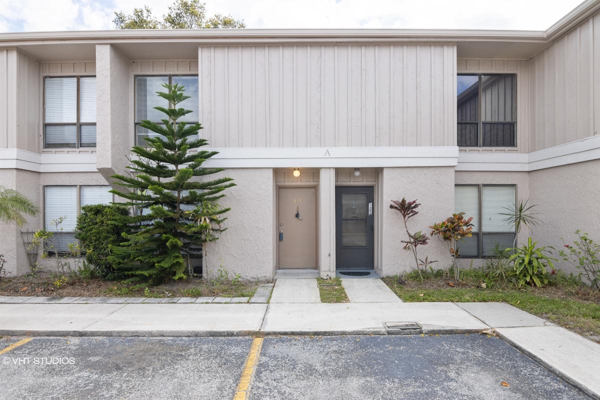4001 Beneva Rd Apt 121, Sarasota, Florida