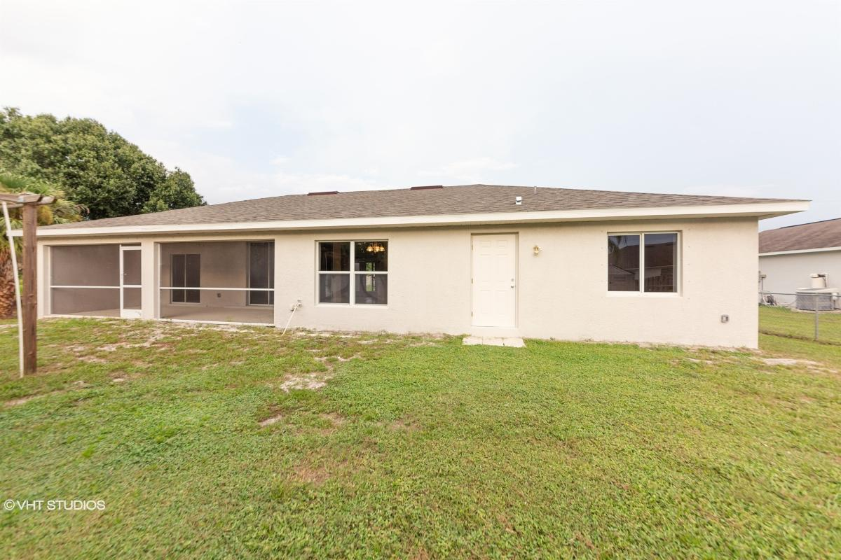 1537 Wood Rose St, North Port, Florida