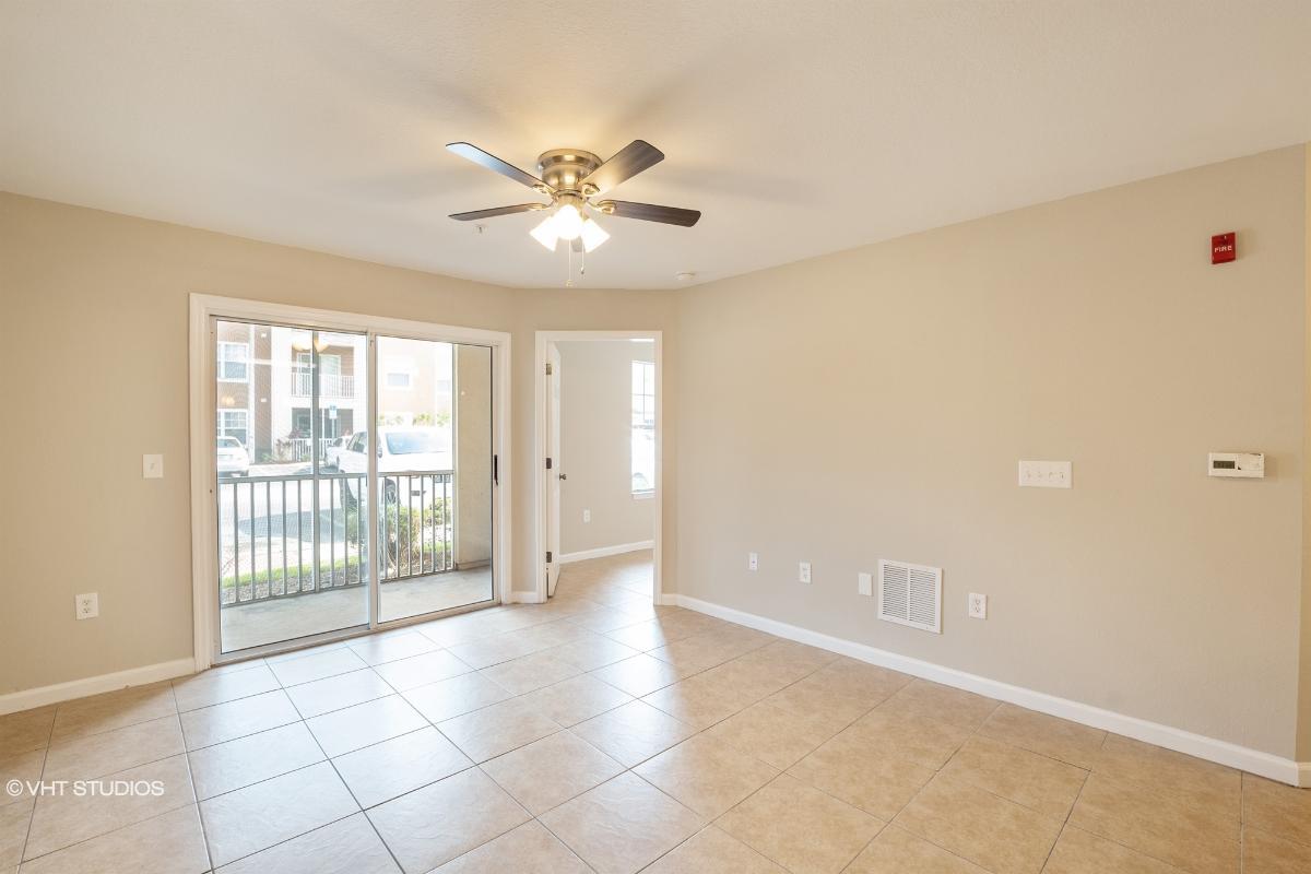 5974 Lake Pointe Village Circle 105, Orlando, Florida