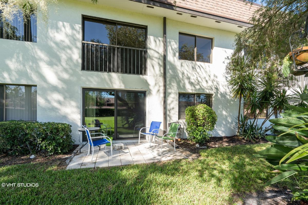13647 Mcgregor Village Dr 11, Fort Myers, Florida