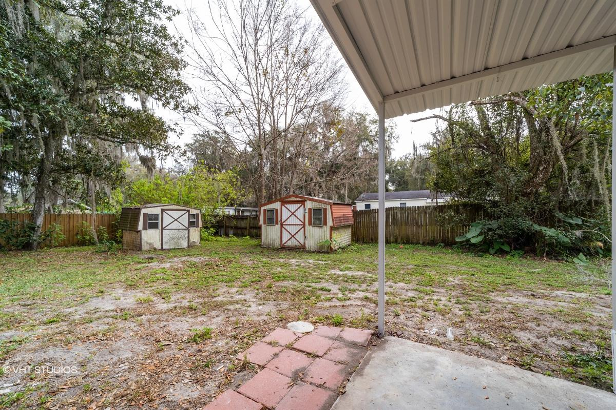 2954 N County Rd 470, Lake Panasoffkee, Florida