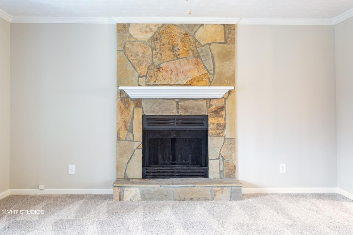 1360 Willow Bend Dr, Snellville, Georgia