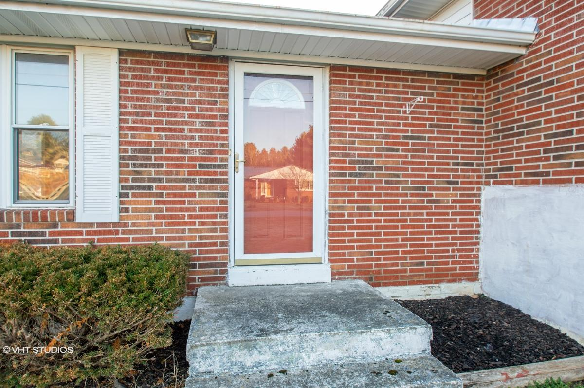 204 Mountain View Dr, Bluefield, Virginia