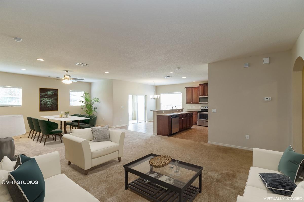 7311 Carrington Oaks Lane, Apollo Beach, Florida