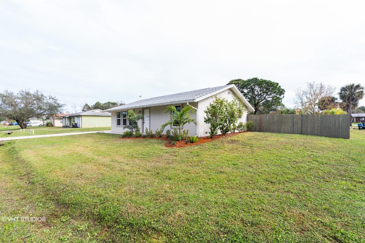 995 Husted Ave Se, Palm Bay, Florida