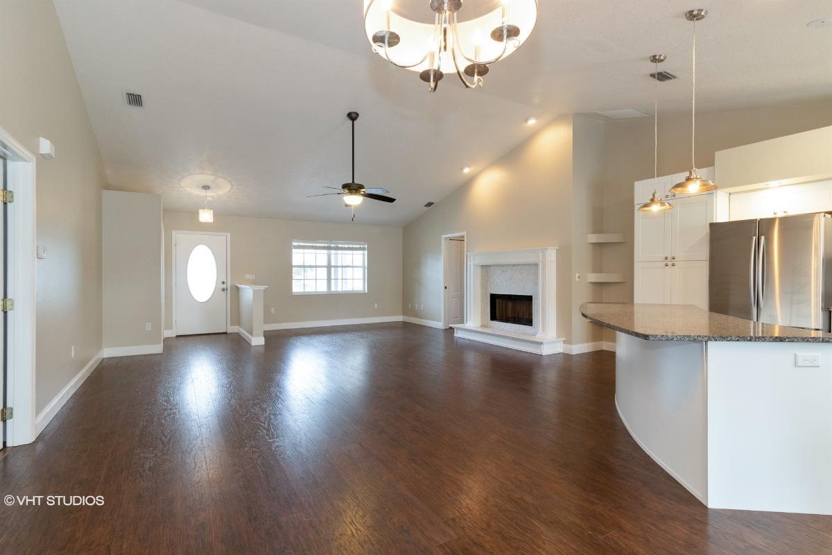 372 Wabash Terrace, Port Charlotte, Florida