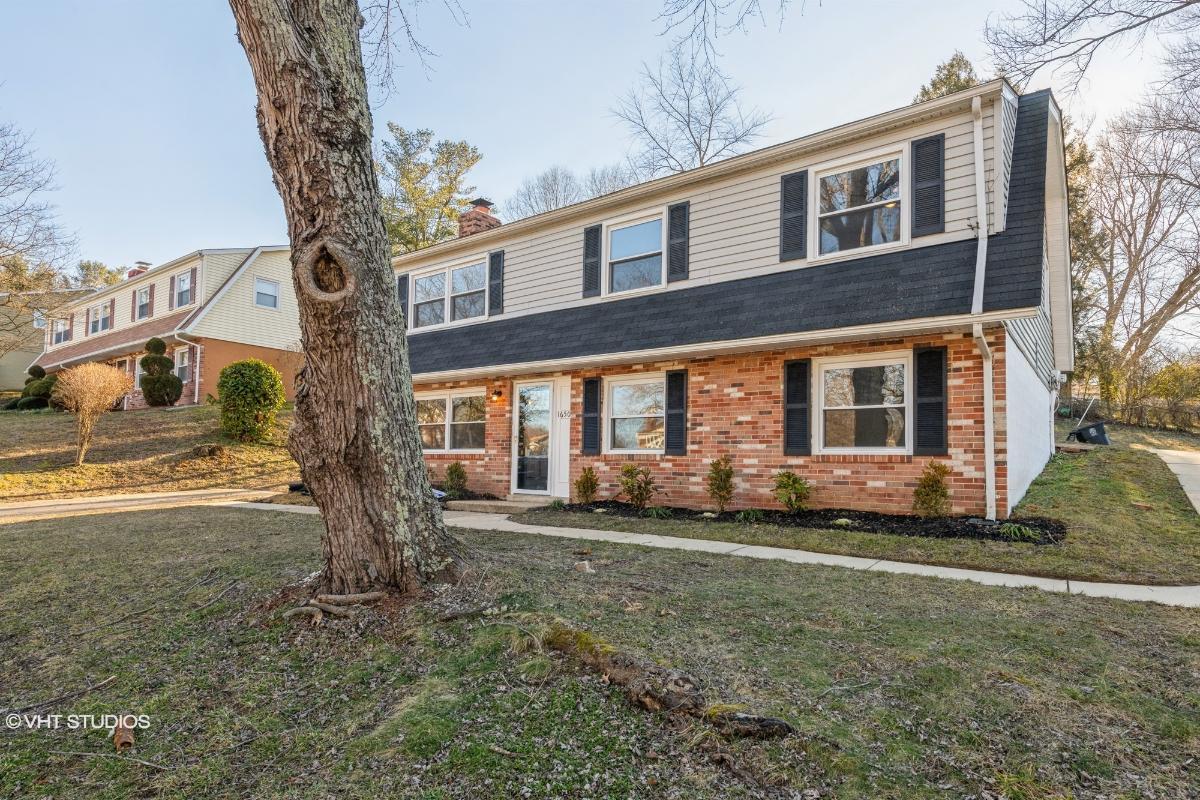 16505 Village Dr W, Upper Marlboro, Maryland