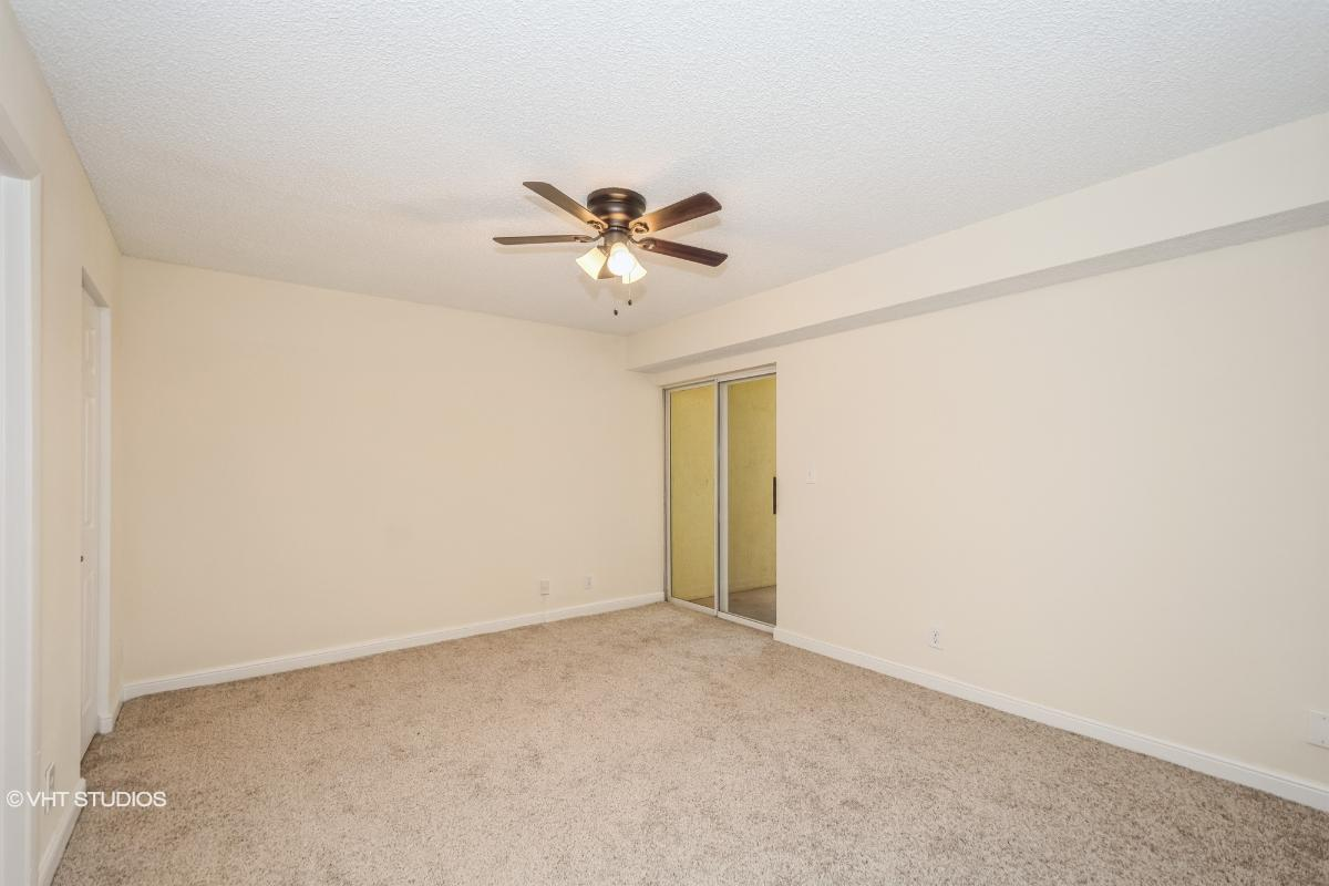 7680 Westwood Drive Unit 825, Tamarac, Florida