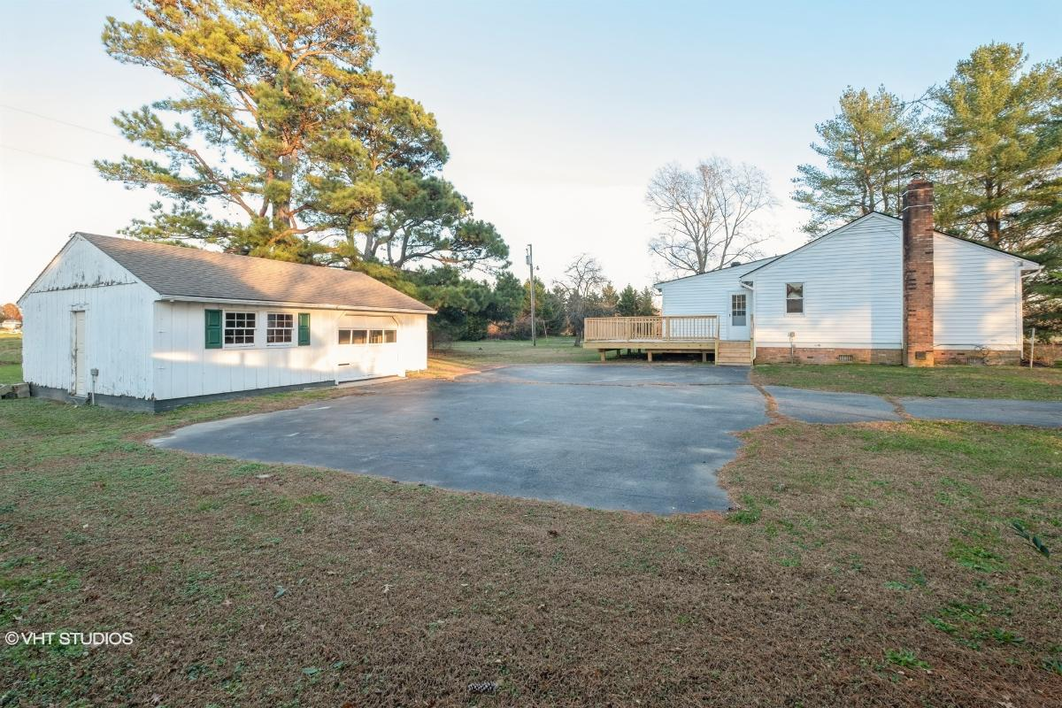 707 Deer Run Rd, Callao, Virginia