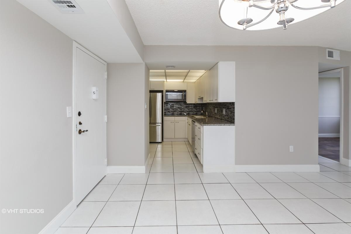 1200 St Charles Place Unit 421, Pembroke Pines, Florida