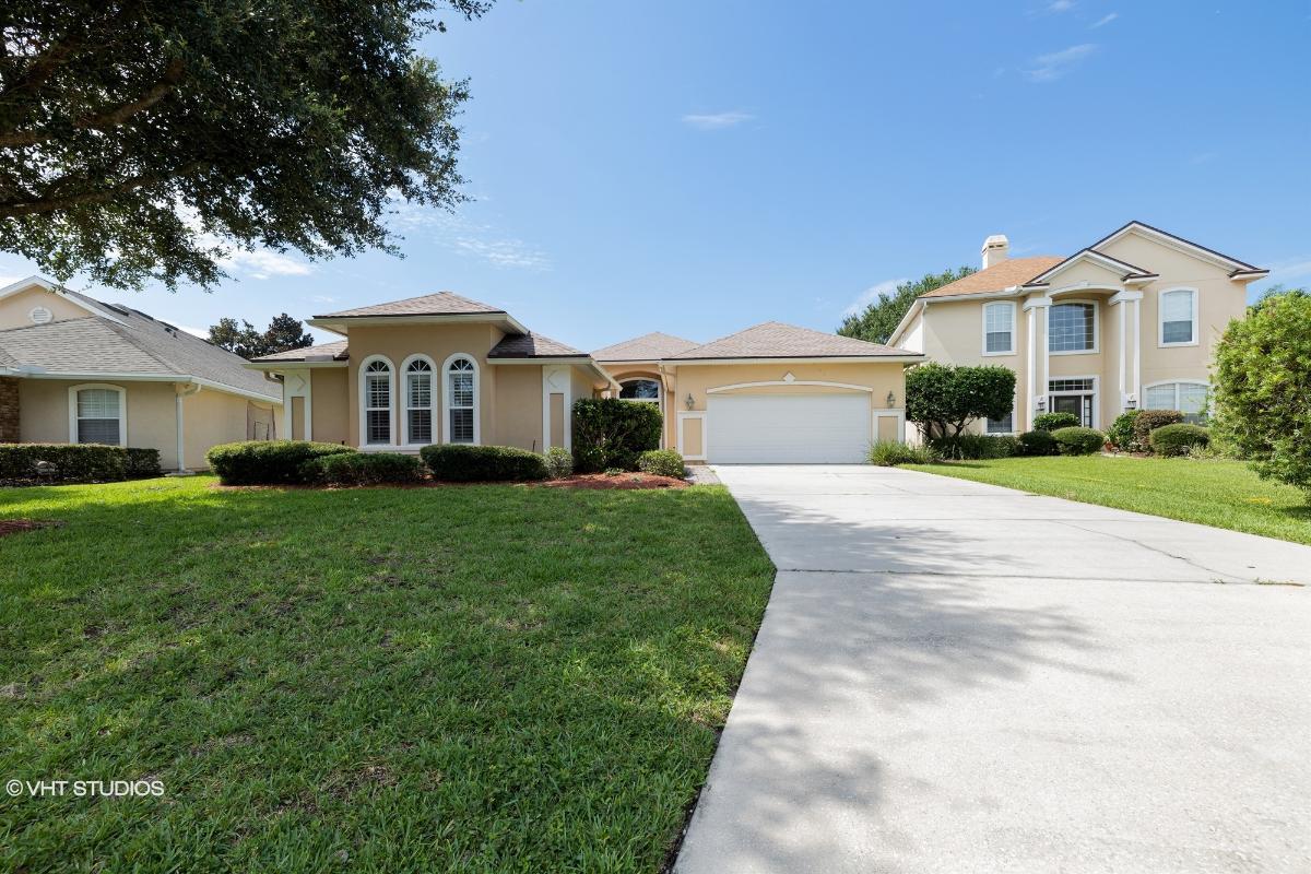 3669 Shady Woods St S, Jacksonville, Florida