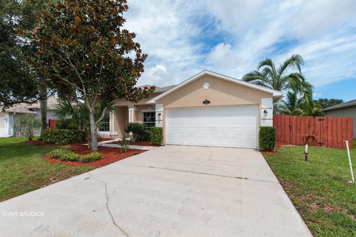 1162 Morgan Cir Ne, Palm Bay, Florida