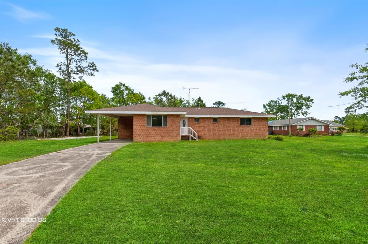 742 Huckleberry Rd, Bay Saint Louis, Mississippi