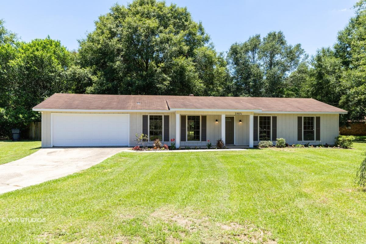 1805 Wagon Wheel Dr, Semmes, Alabama