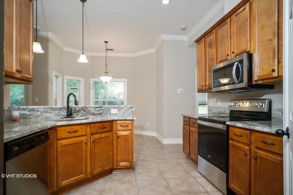 260 Sand Pine Trl, Crawfordville, Florida