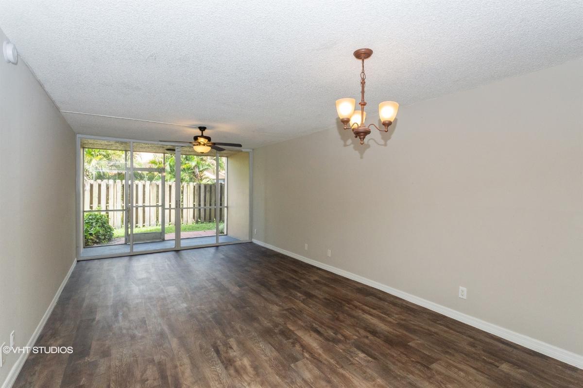 9470 Live Oak Pl Apt 105, Davie, Florida
