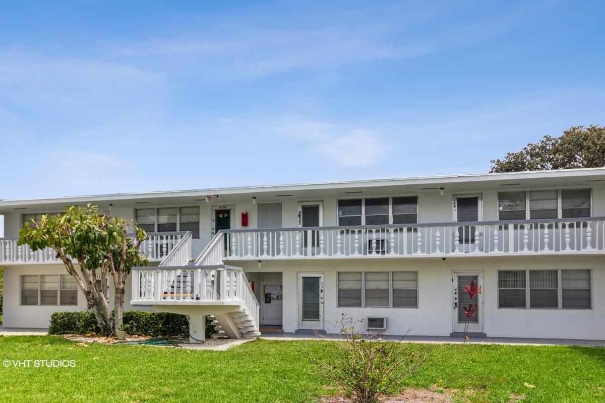 177 Andover G, West Palm Beach, Florida