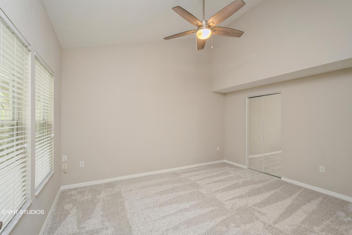 5133 Sw 91st Court Unit G304, Gainesville, Florida
