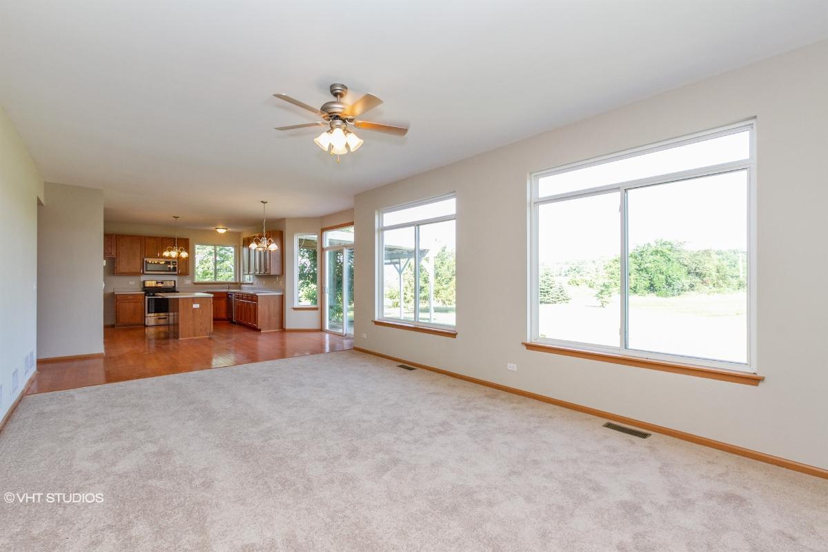 35 Treehouse Ct, Matteson, Illinois