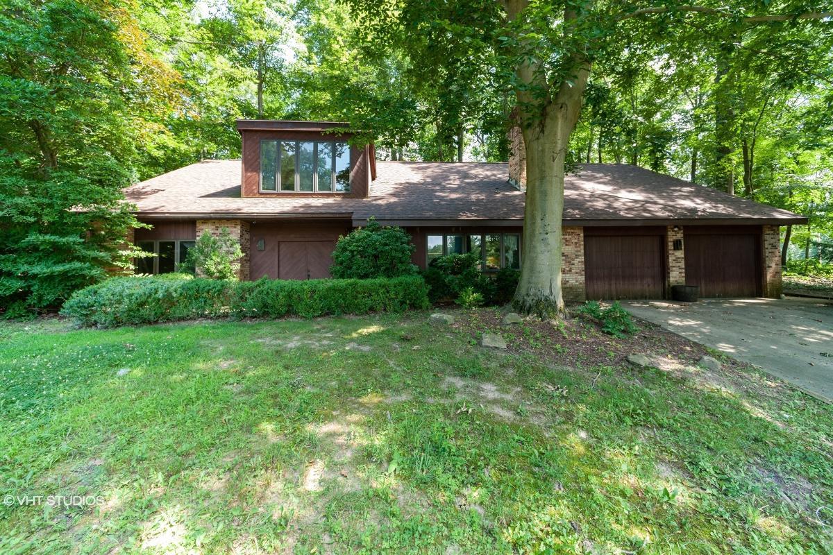 998 Eastward Cir, Zanesville, Ohio